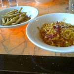Tagliatelle with prawns, garlic and sweet chilli and tomato sauce, Chips