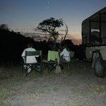 Puesta de sol en el campamento