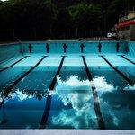 La piscina semi piena