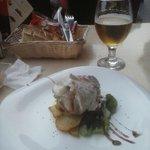 Pollo relleno con mousse de foie