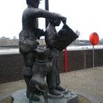 statue of a Pilgrim Father neat Rotherhithe
