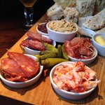 The deli sharer, we always have this when we come. Best sharing board you'll find
