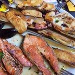 frischer Fisch bei der Meeresfrüchteplatte