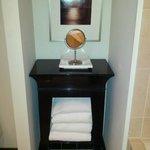 towel storage table in bathroom