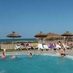 Espace plage-piscine...