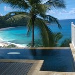 Infinity plunge pool view