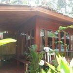 Vores hyggelige hytte udefra