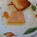 Le foie gras avec pamplemousse confit.