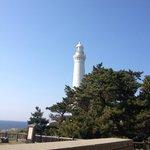白亜の美しい灯台です。