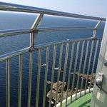 急な螺旋階段を昇りきると眼下に素晴らしい景色が広がります。