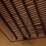Magnifique plafond à au moins 5 mètres de hauteur
