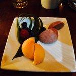 これがMochiのマンゴーとストロベリーブラックチョコレートです。