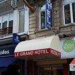 le grand hotel lille - stanza nr 35 - entrata