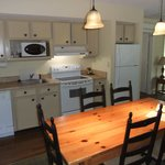 Southern Pines Cottages Kitchen/Dining