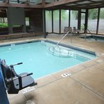 Cottages Indoor Pool & Hot Tub