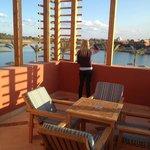 Steigenberger: grosszügiger Balkon mit Sicht auf die Lagune