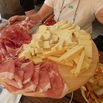 plat charcuterie-fromage