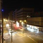 vista do apartamento 212 para a Estação Gare du Midi de noite