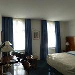 room 406
