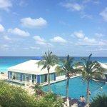 Lo único bien que tiene es la vista al bello mar de Cancún