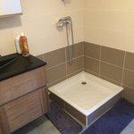 Simple bac a douche ! Ou est la baignoire spa ???