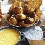 Pretzel fondue