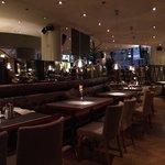 Restaurant and Breakfast Hall (4)