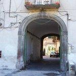 ingresso fabricato Villa Dagostino