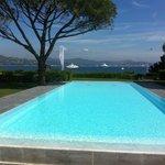 piscine magnifique mais pas chauffée ! dommage