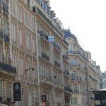 Excelente ocalizacao - pertinho da Champs Elysees