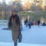 em frente ao Palacio de Cristal