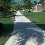 walkway from rooms to beach