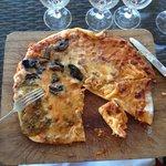 4 flavour pizza