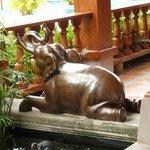 Spa: elephant statue