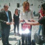 La presidenta de la junta de Andalucía,  subida en @cordobabysegway