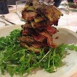 Millefoglie di Manzo con Rostì di patate e Bacon croccante