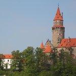 На подъезде к замку