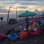 Seminyak beach is a wonderful place to enjoy the sunset!