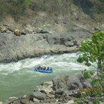 raftinf sul fiume Trisuli
