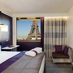 Foto Torre Eiffel do quarto do hotel