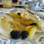 Crepe with orange and blackberries