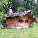 refuge avec cheminée barbecue