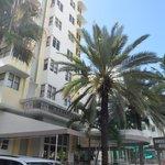 Marseilles Hotel udefra
