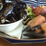 Huge Crab claws and mussels