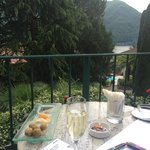 Free welcome drink - prosecco and nibbles - staff very friendly