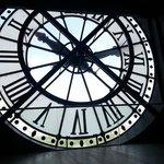 Orologio con vista Louvre