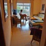 Stor stue med gode møbler