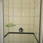 Rain Shower - Protea Courtyard Dar