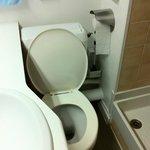 Toilettes pour contorsionniste