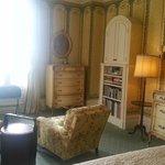 Corner Room - Living area